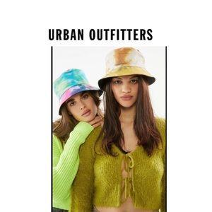 New Urban Outfitters tie-dye reversible bucket hat